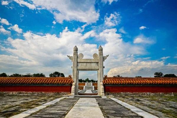 【舒适皇城】北京5日4晚跟团游戏双飞·天安门广场+天坛公园+八达岭长城+圆明园