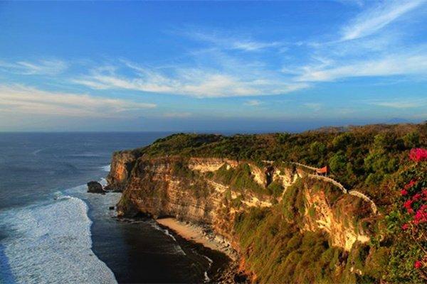 【享悦蓝梦】巴厘岛7天5晚半自助直飞·金巴兰海滩+乌布皇宫+乌布传统市场+蓝梦岛+1天自由活动