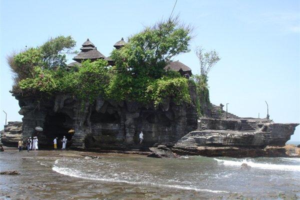 【乐享双国】巴厘岛+新加坡7天5晚跟团游双飞·南湾俱乐部+乌鲁瓦图断崖+海景下午茶+2天自由活动