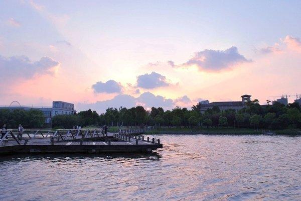 【秀美江南】无锡拈花湾小镇、蠡湖公园1日游