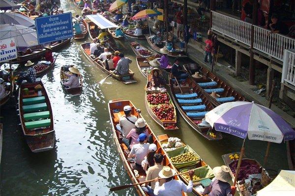 南京往返直飞,正点航班,曼谷两晚国际五星住宿,普吉岛、芭提雅泰式五星住宿!