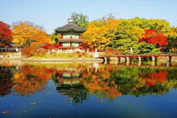 韩国首尔尊享纯玩2+2半自助5日之旅