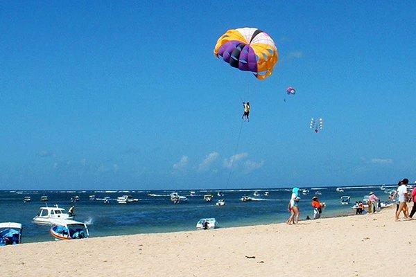 巴厘岛双岛传奇-沙滩漫步之旅