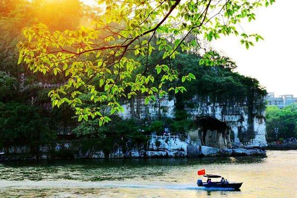 【休闲】广西桂林5日4晚跟团游双飞