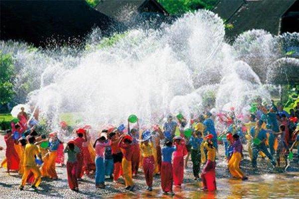 【热带风光】泰国6日5晚跟团游双飞•大皇宫+湄南河+泰式按摩+国际人妖秀