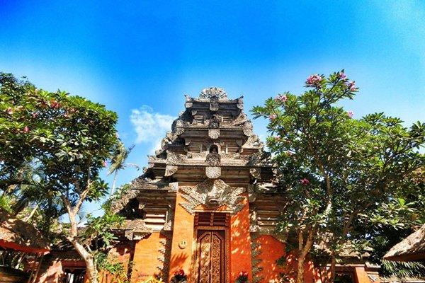 【畅想巴厘】巴厘岛5日4晚跟团游双飞·蜜月湾俱乐部+巴图安皇宫+1天
