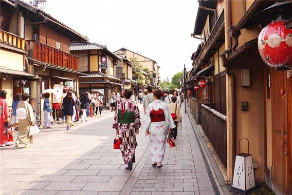 【乐享日本】日本本州6日5晚跟团游双飞·伏见稻荷大社+富士山五合目+山中湖+皇居二重桥