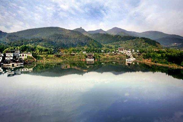 【散】苏州穹窿山,万鸟园,石湖风景区纯玩一日游——独家赠送价值198元养生紫砂电炖锅一个