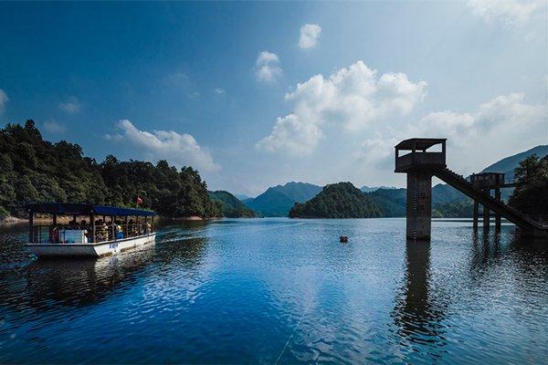 【醉山野】安徽石台牯牛降+黄崖大峡谷+秋浦河漂流三日游