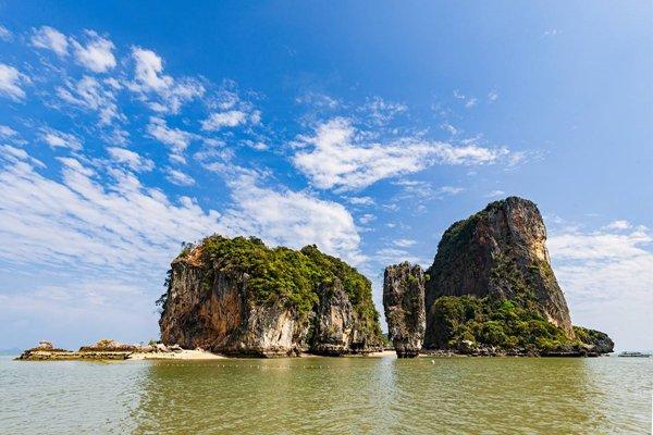 【亲子乐园】泰国普吉斯米兰7日5晚跟团游双飞·尼莫海豚表演秀场+幻多奇主题乐园