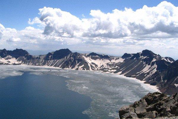 【散】中国竹乡·安吉天下银坑,江南天池尽享高山汤泉、冬野滑雪二日游