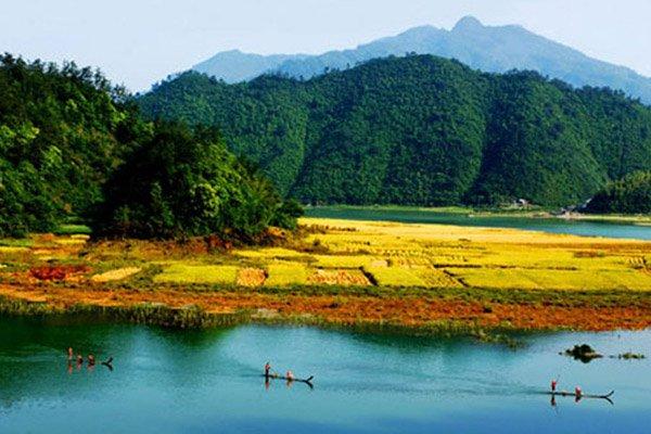 s瑶琳仙境、红灯笼外婆家、自由自在千岛湖休闲二日