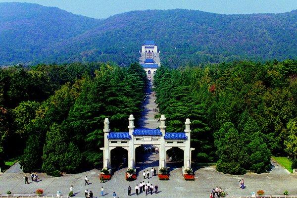 【经典】南京中山陵+夫子庙经典一日游