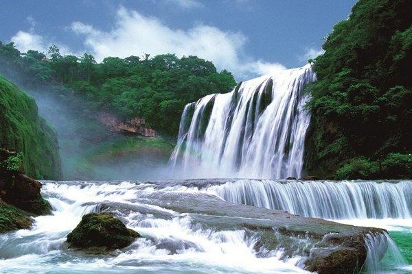 【乐享贵州】贵州5日4晚跟团游双飞·黄果树大瀑布+小七孔+西江千户苗寨.赠大型晚会