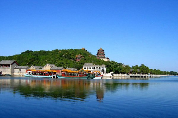 【圆梦之旅】北京5日4晚跟团游·大前门+故宫博物院+八达岭长城.圆一次清华学子梦