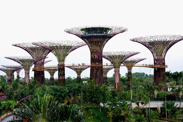 【尊享】新加坡+马来西亚波德申6日4晚跟团游双飞·滨海湾花园+葡萄牙古城门+太子城广场