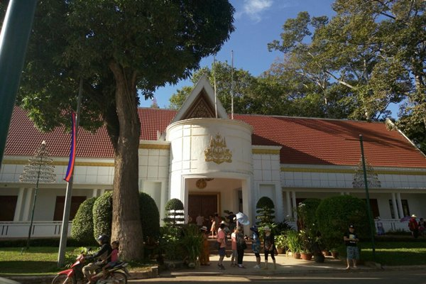 【至尊游】柬埔寨6天4晚半自助双飞·黄金蚕宝宝艺术学院+吴哥+1天自由活动